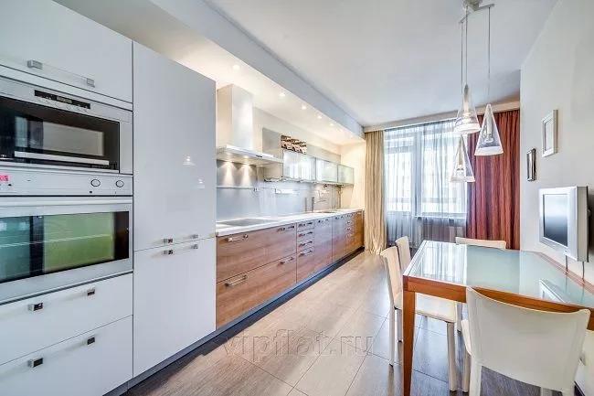 Застройщики сегодня отдают предпочтение двух- и трехкомнатным элитным квартирам