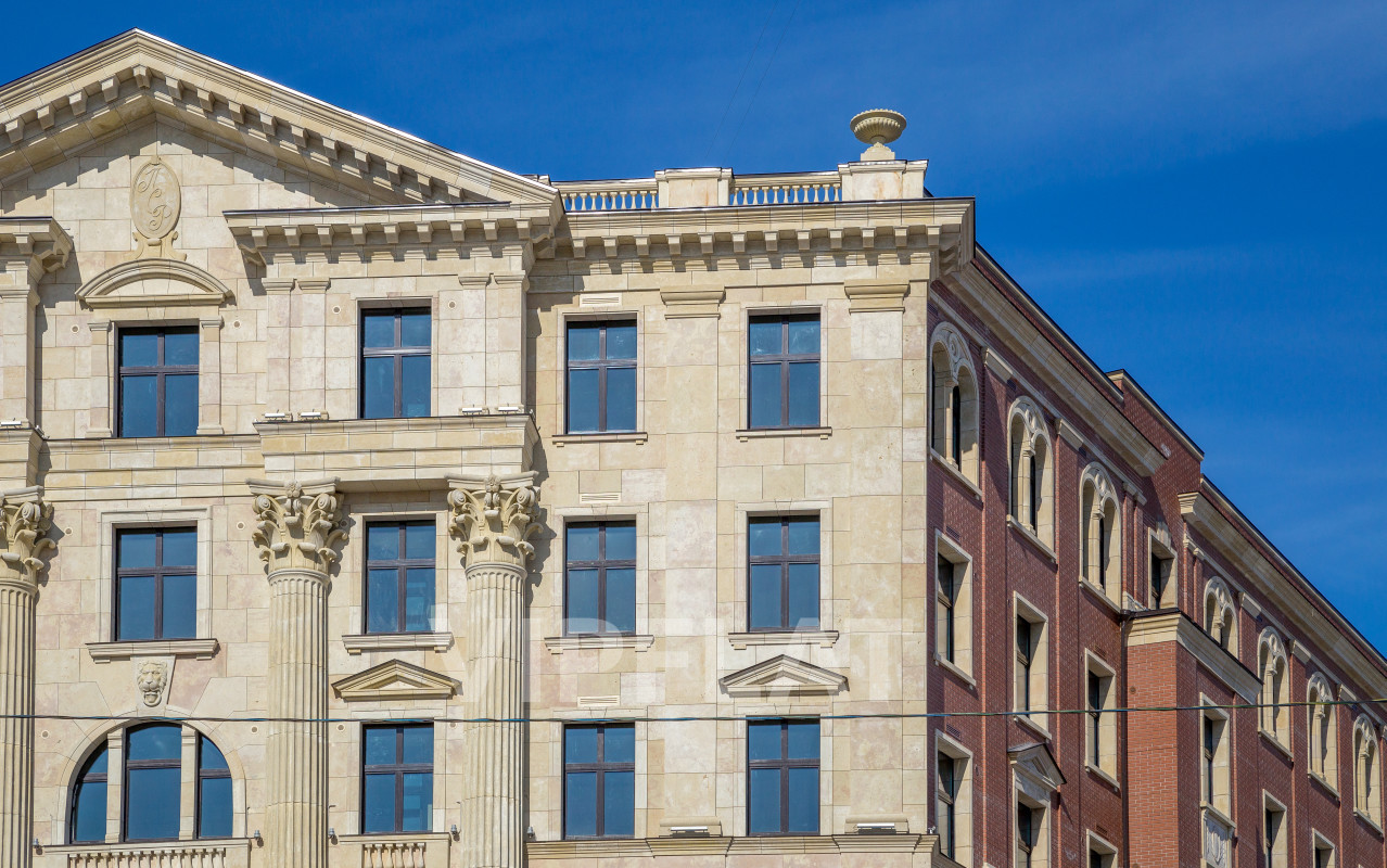 Продажа элитных квартир Санкт-Петербурга. «VERONA», Морской пр., 29 Фасад дома в классическом итальянском стиле
