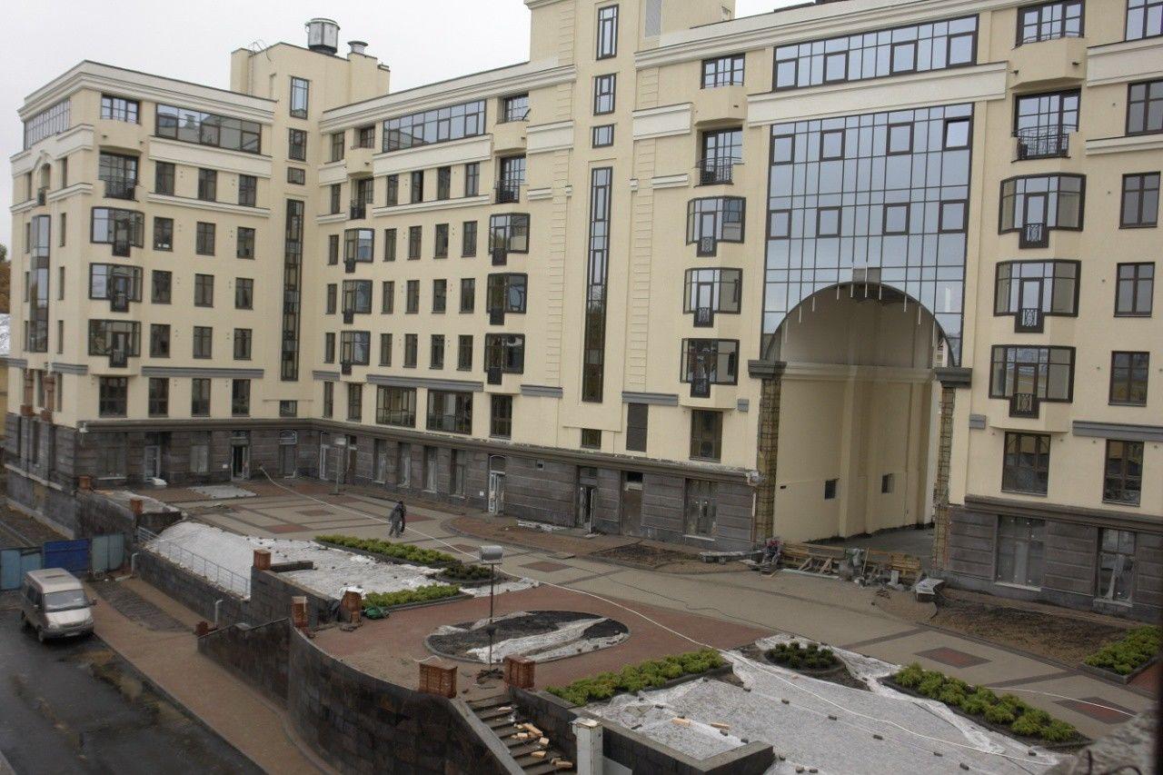 Продажа элитных квартир Санкт-Петербурга.    Территория комплекса