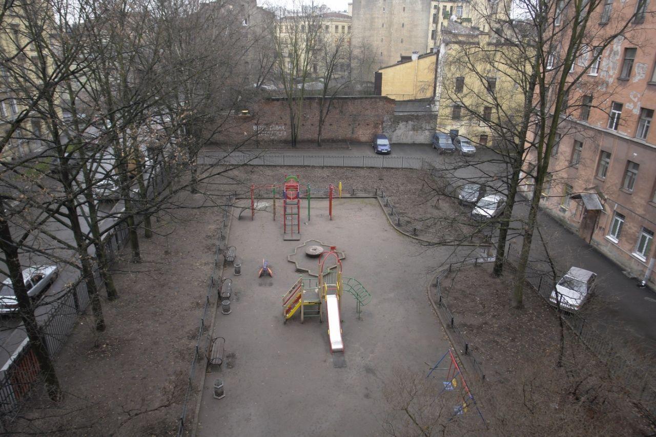 Продажа элитных квартир Санкт-Петербурга.  Вид из окна