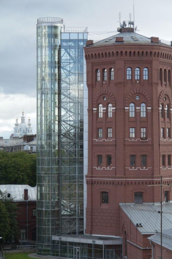 Продажа элитных квартир Санкт-Петербурга.  Рядом Башня Водоканала, Смольный собор