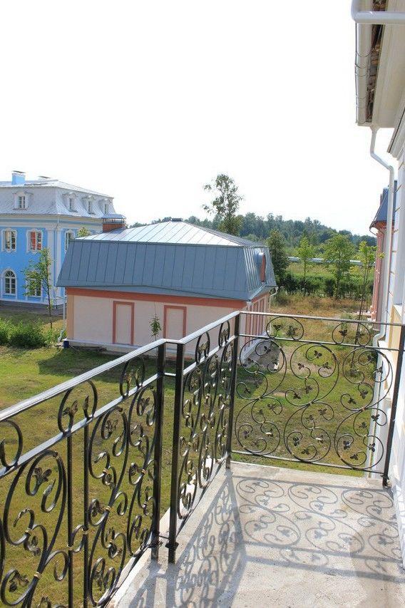 Продажа элитных квартир Санкт-Петербурга.  Вид с балкона