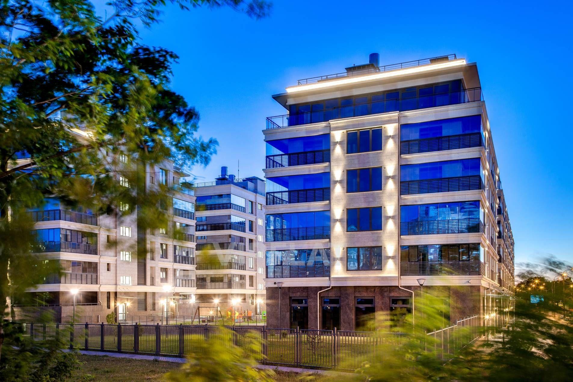 Продажа элитных квартир Санкт-Петербурга. Спортивная ул., 2 Панорамные окна и террасы