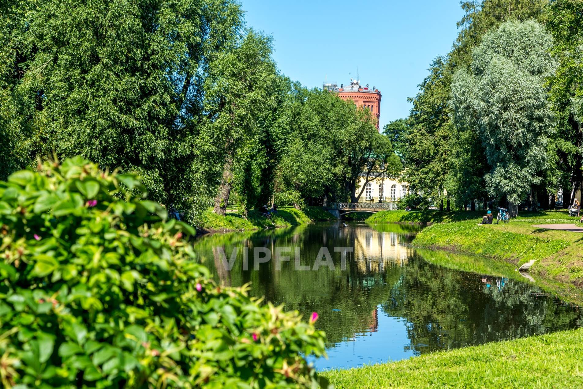 Продажа элитных квартир Санкт-Петербурга. Басков пер., 2 Таврический сад недалеко от дома