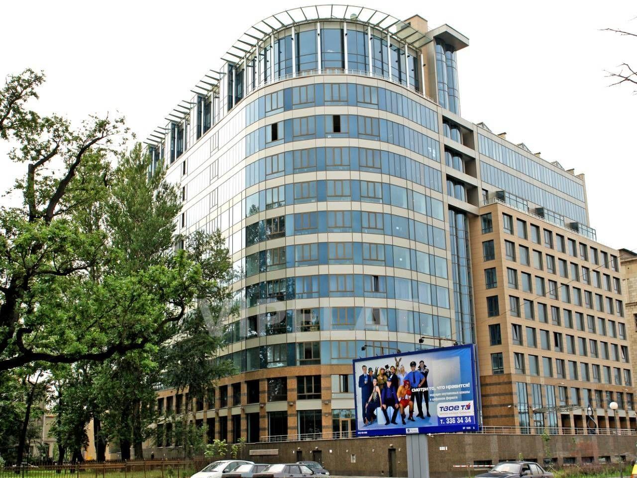 Продажа элитных квартир Санкт-Петербурга. Песочная наб. 12 Вид на дом