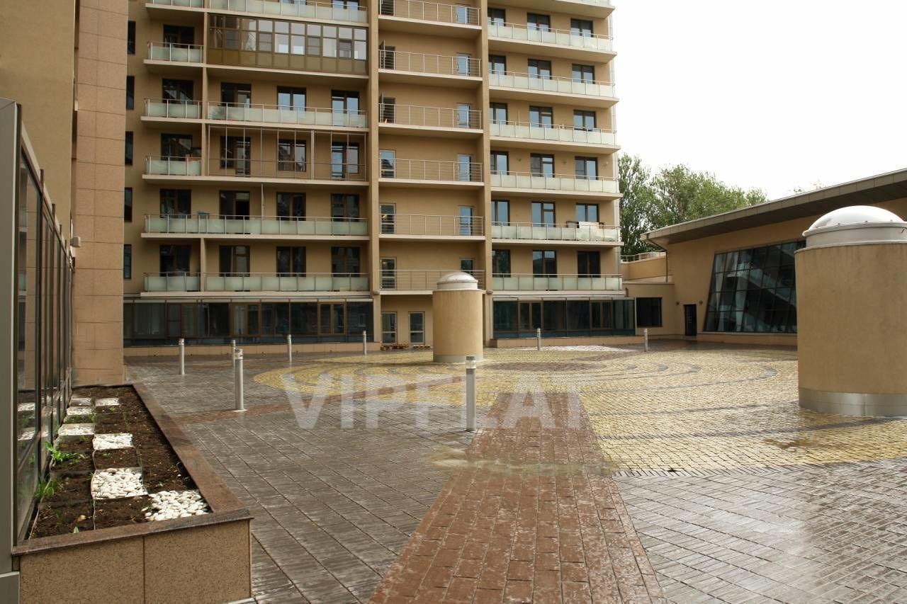 Продажа элитных квартир Санкт-Петербурга. Песочная наб. 12 Внутренний двор