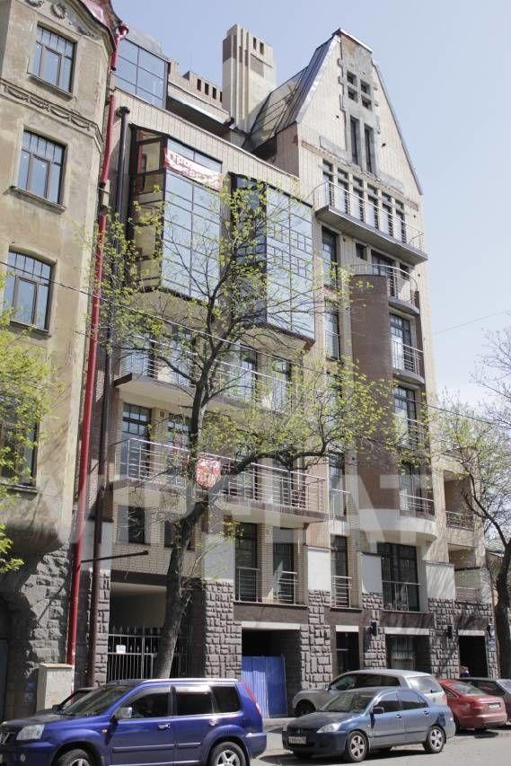 Продажа элитных квартир Санкт-Петербурга.  4-я линия В.О., 41  Фасад дома