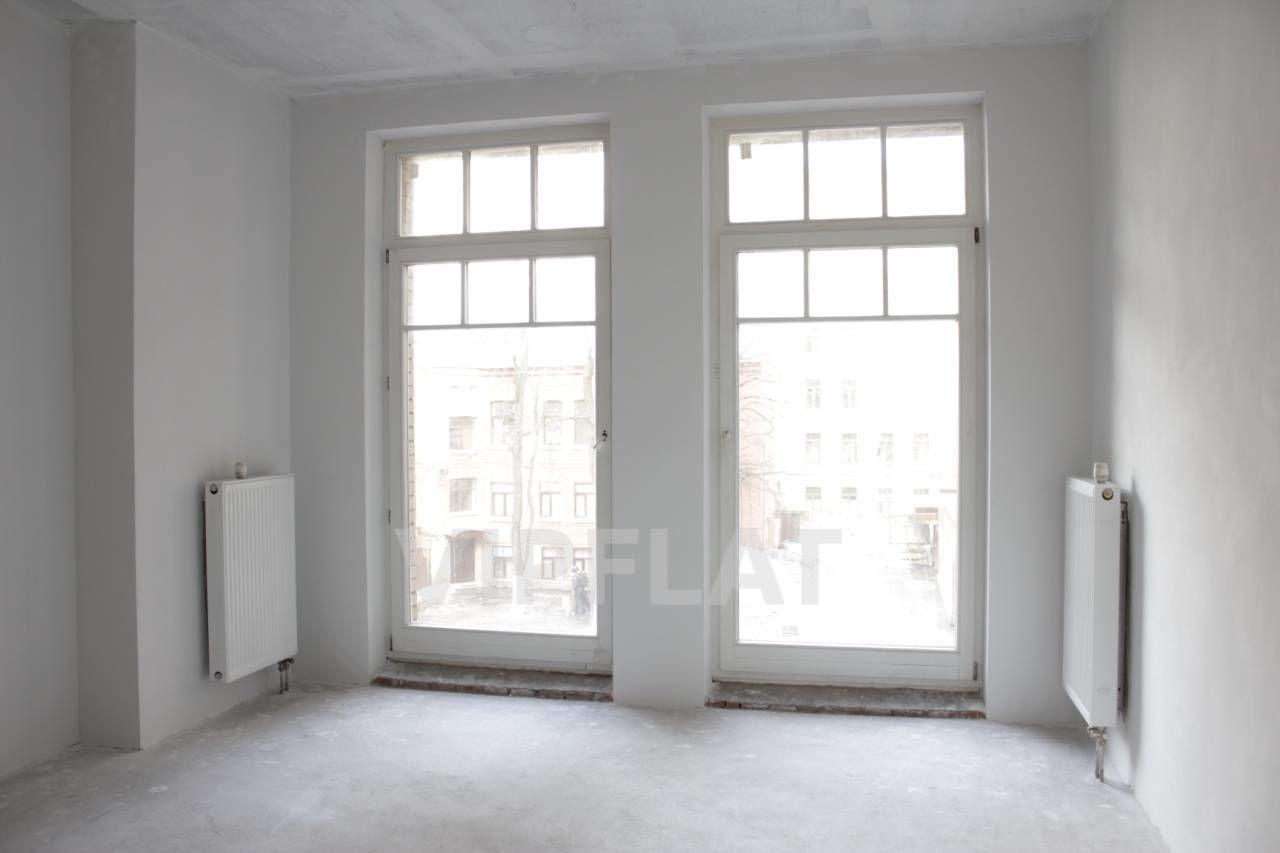 Продажа элитных квартир Санкт-Петербурга. 4-я линия В.О., 41 Окна от пола до потолка