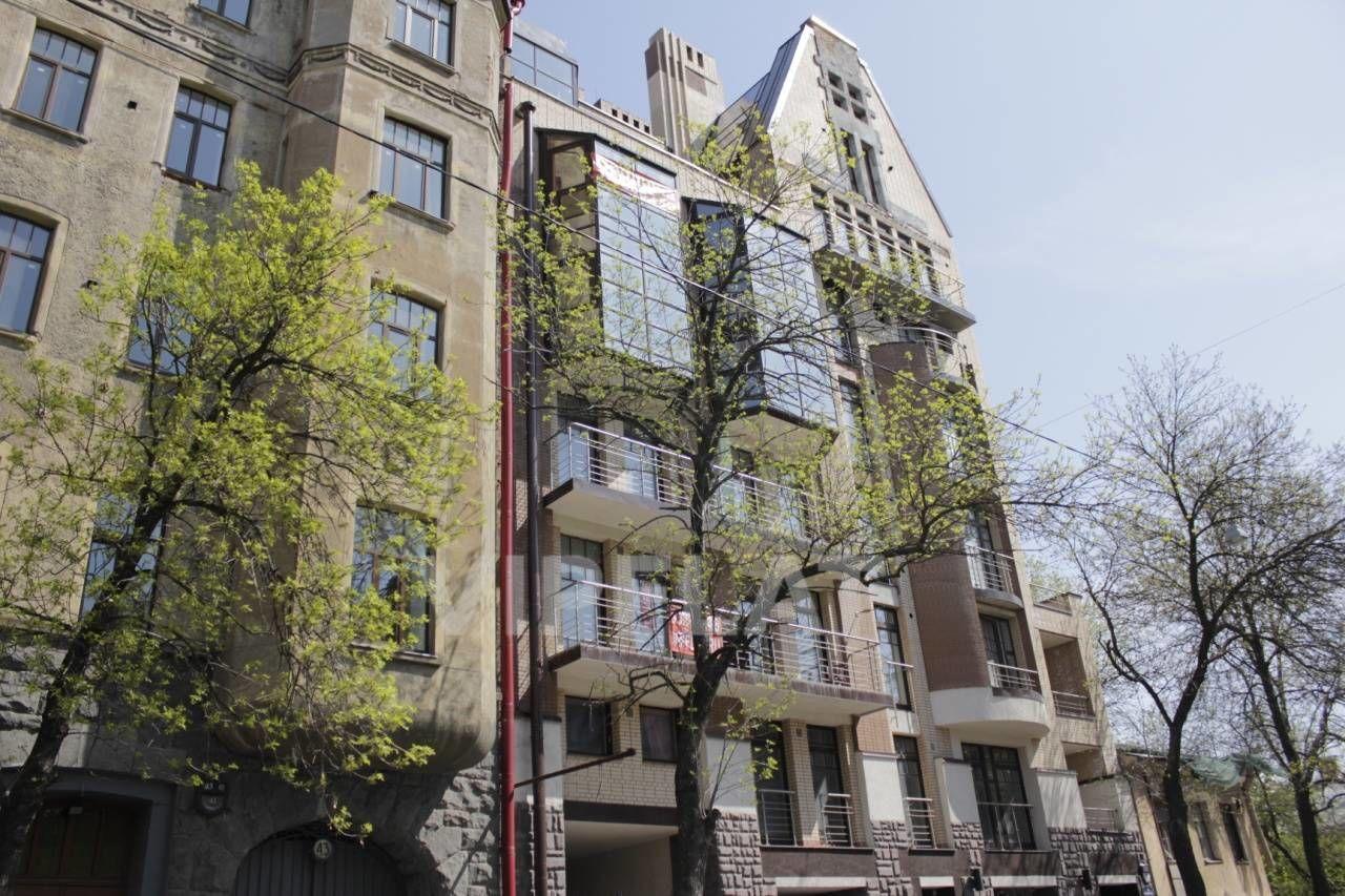 Продажа элитных квартир Санкт-Петербурга. 4-я линия В.О., 41 Вид на дом