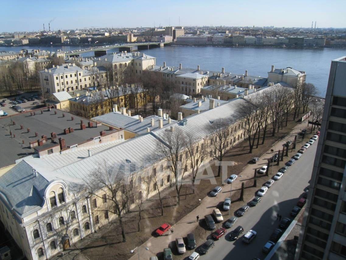 Продажа элитных квартир Санкт-Петербурга. Пироговская наб. д.5 Вид на Неву и Литейный мост