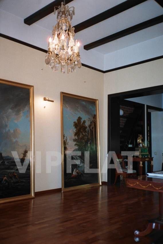Продажа элитных квартир Санкт-Петербурга. наб. Фонтанки  2 На первом этаже квартиры