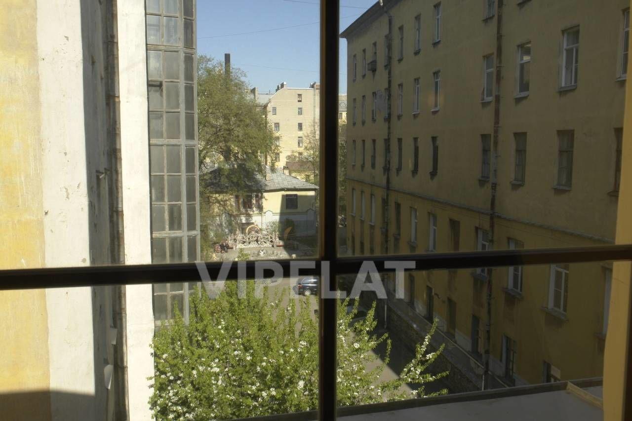 Продажа элитных квартир Санкт-Петербурга. наб. Фонтанки  2 Вид в благоустроенный двор