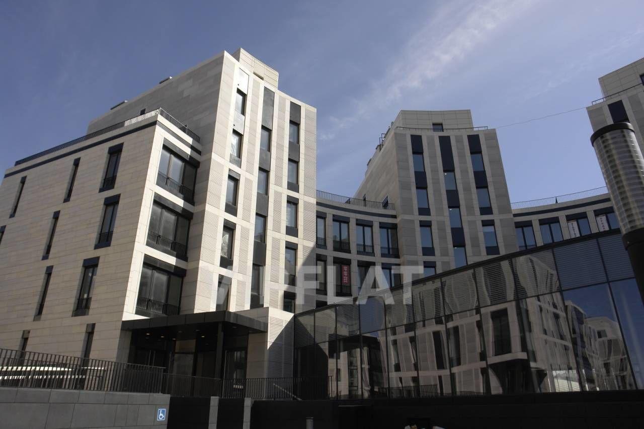 Продажа элитных квартир Санкт-Петербурга. Мартынова наб. 74 к. Г Вид на дом