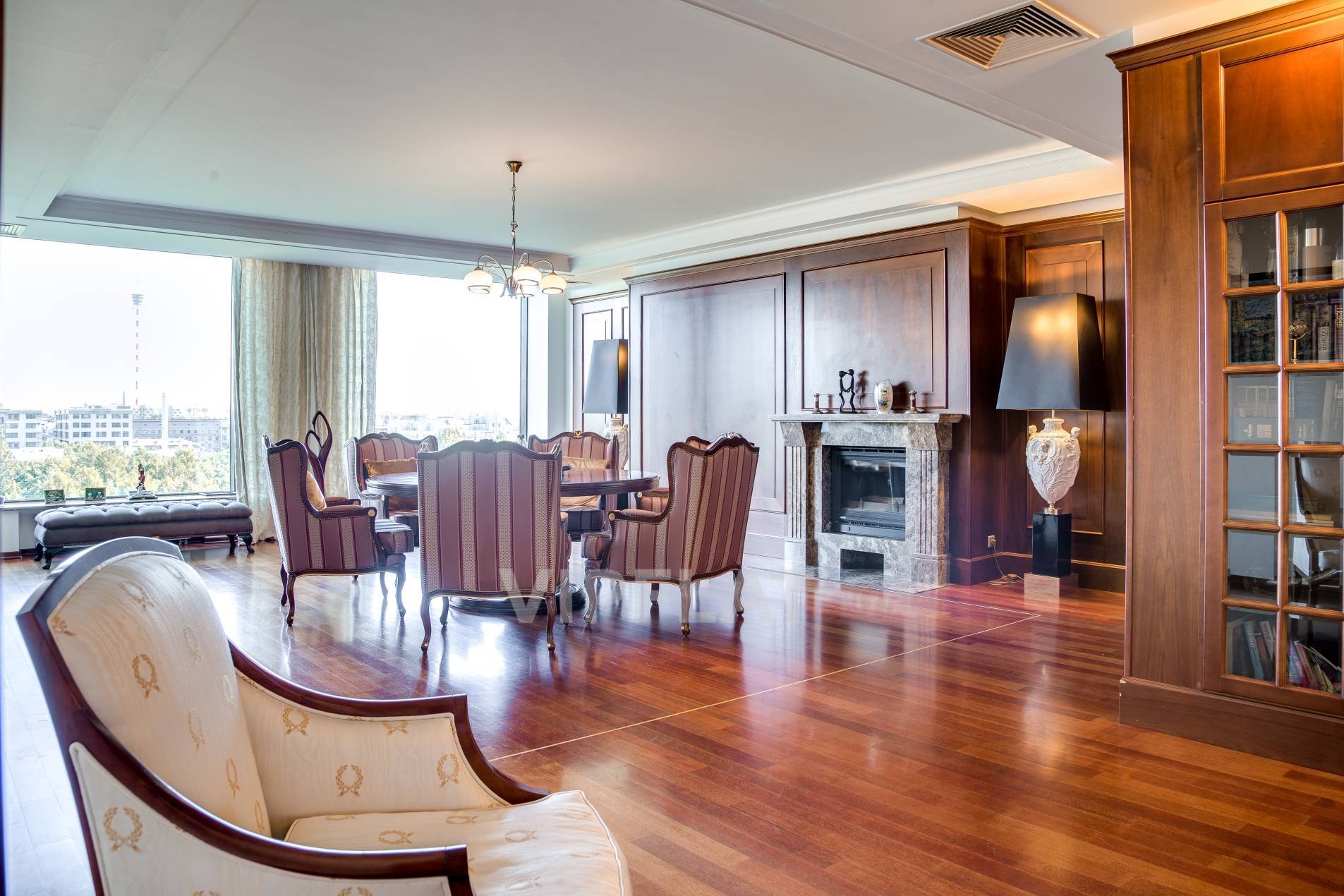 Продажа элитных квартир Санкт-Петербурга. Песочная наб., 12 Светлая гостиная