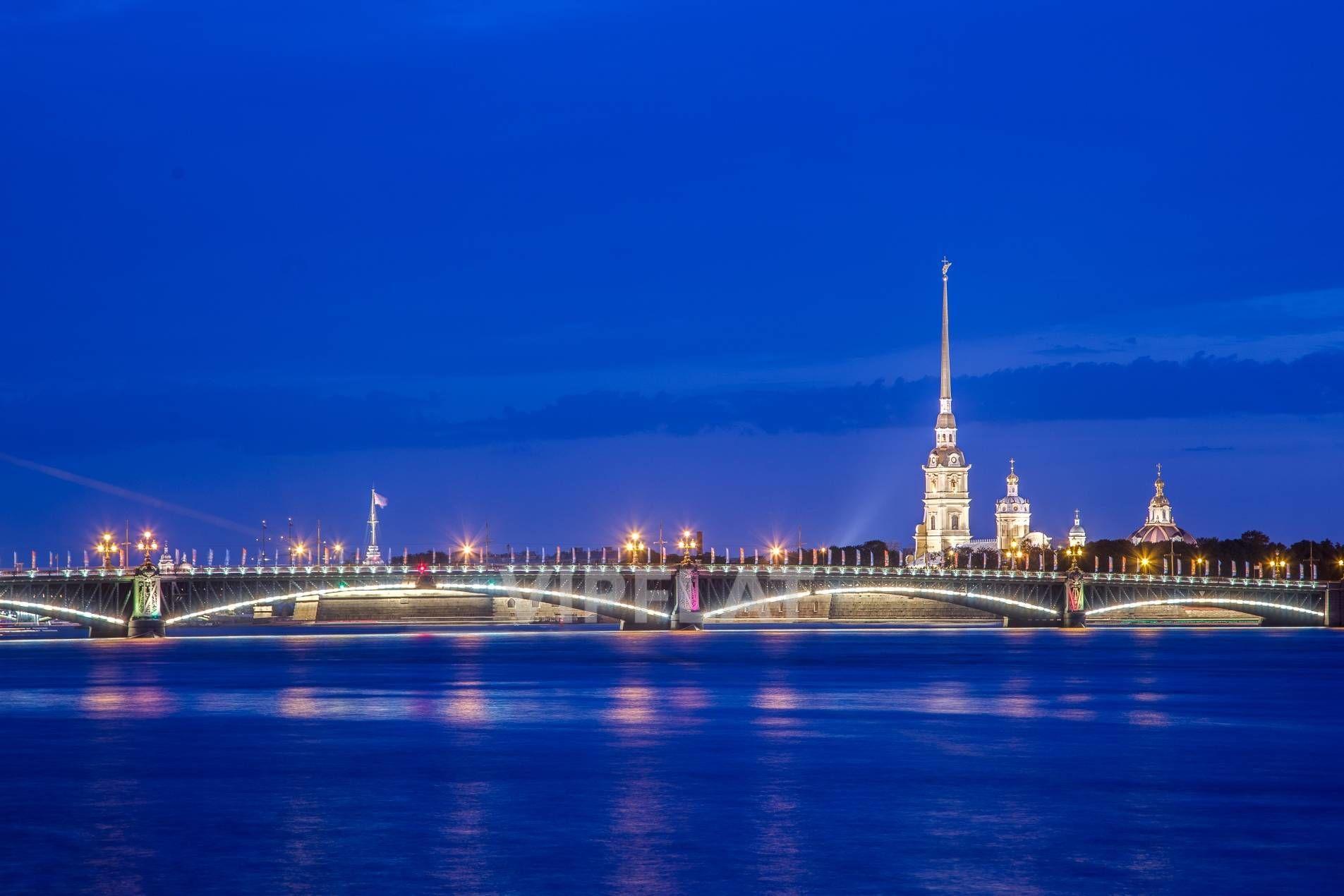 Продажа элитных квартир Санкт-Петербурга. Кутузова наб., 24 Открыточные виды прямо у дома