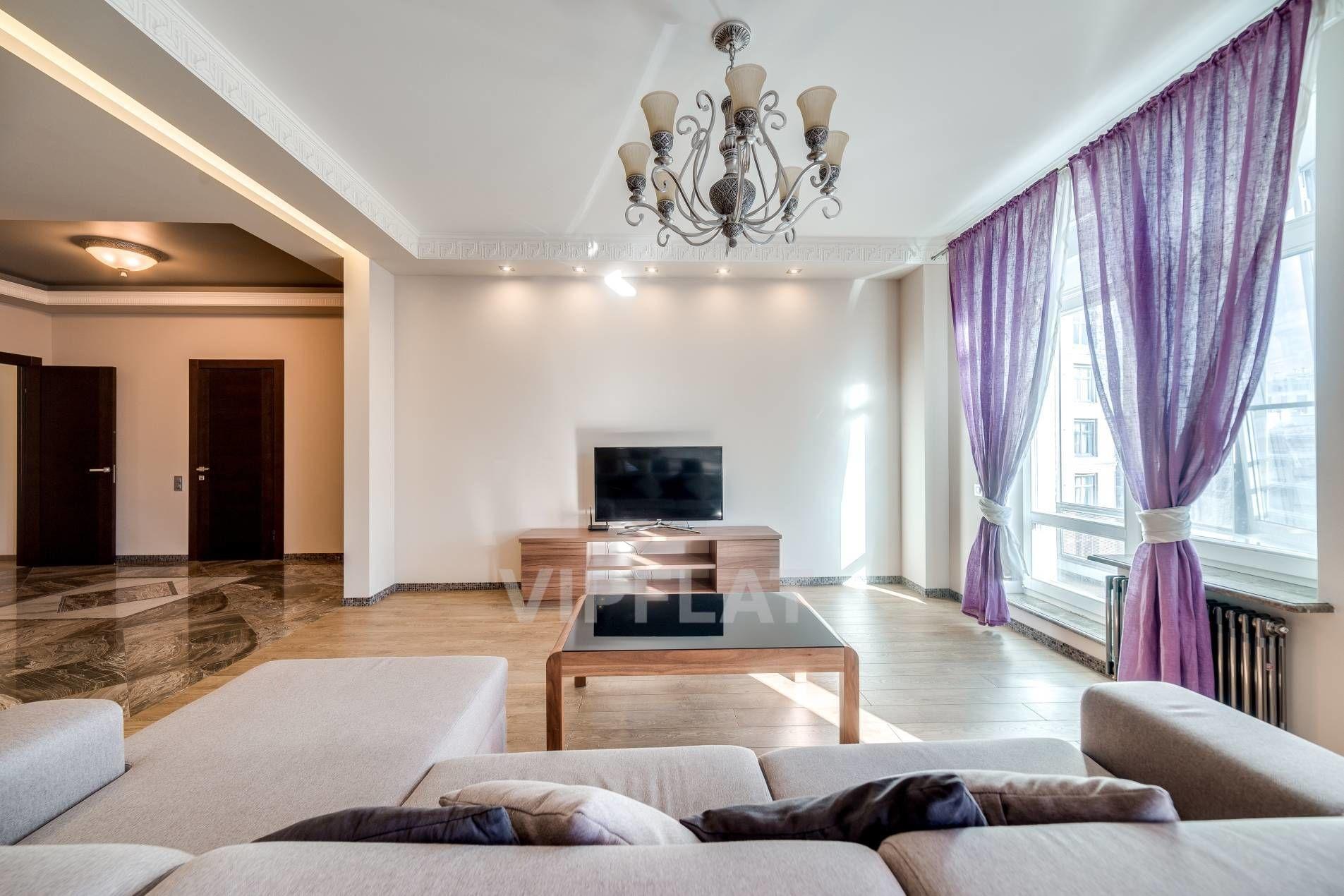Продажа элитных квартир Санкт-Петербурга. Кирочная улица, 64 Интерьер гостиной