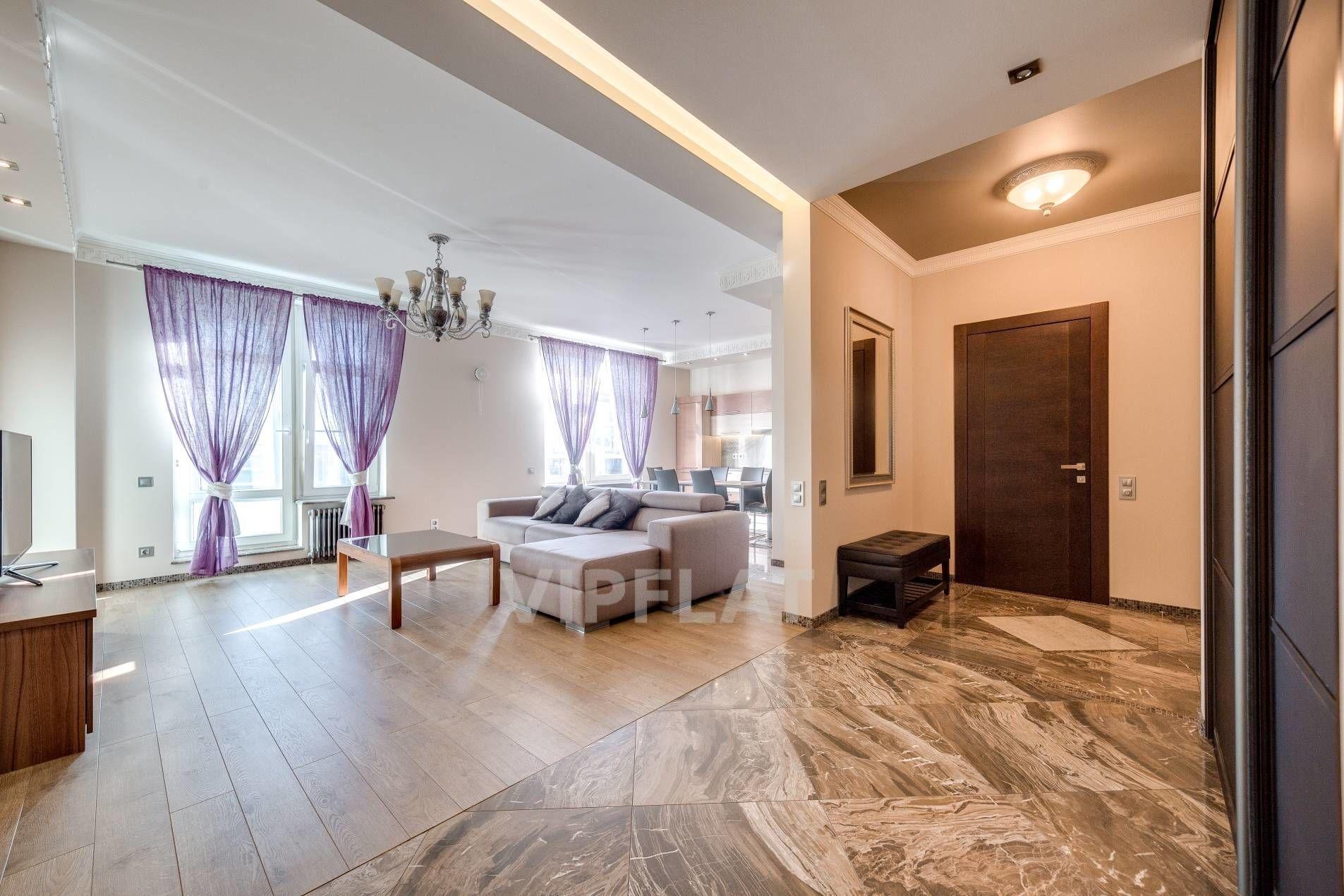 Продажа элитных квартир Санкт-Петербурга. Кирочная улица, 64 Много воздуха и света