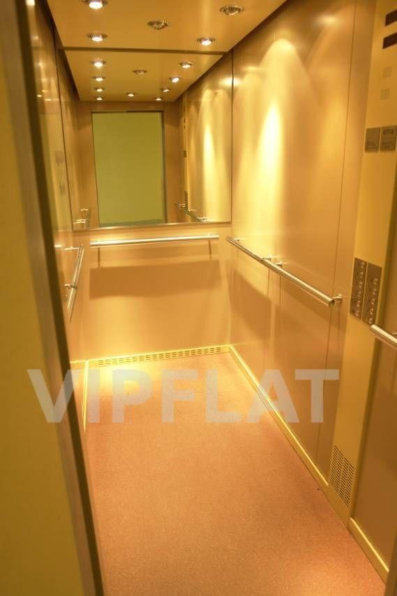 Продажа элитных квартир Санкт-Петербурга. Тореза пр., 71 к. 1 Лифт