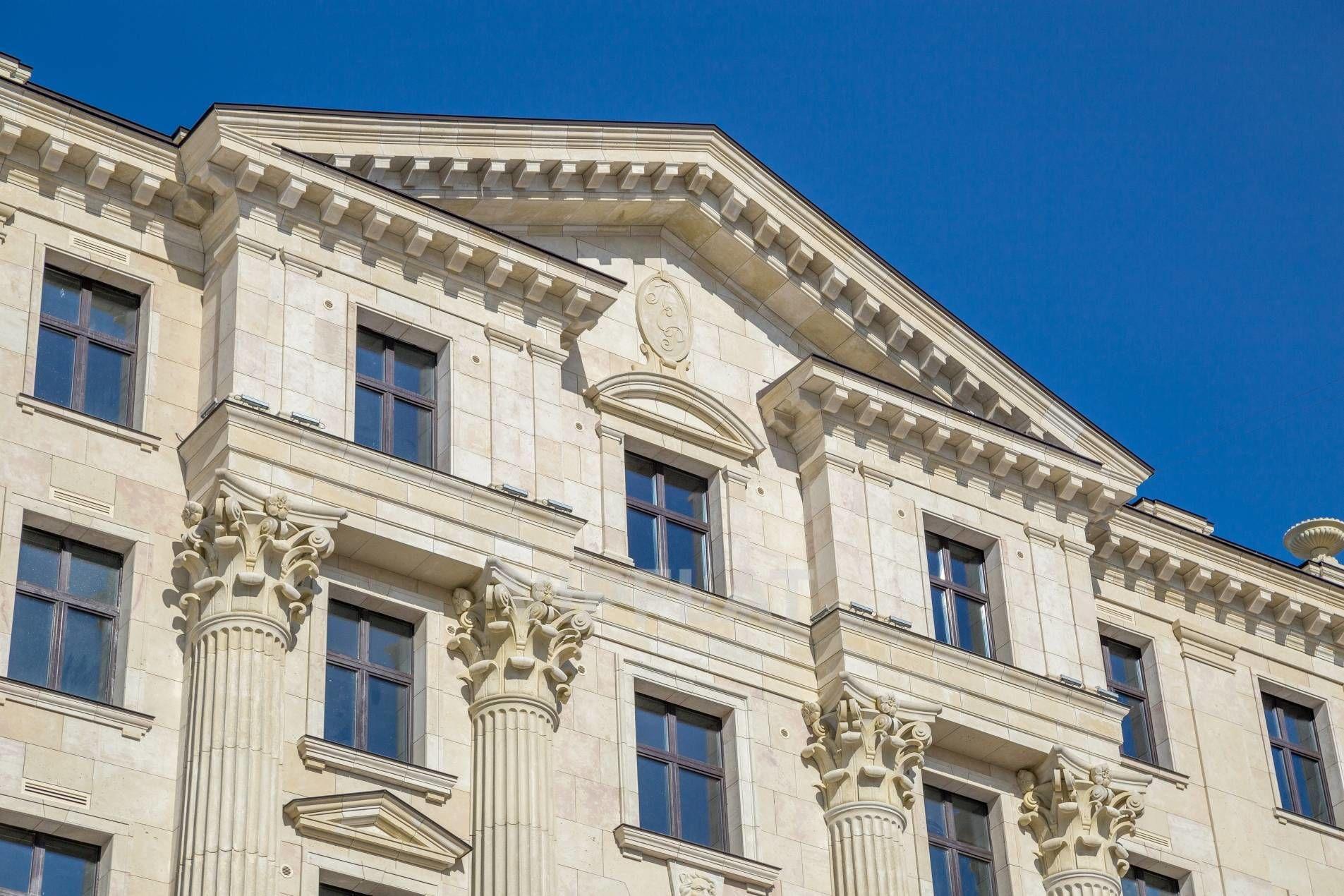 Продажа элитных квартир Санкт-Петербурга. Морской пр., 29 Величественные колонны