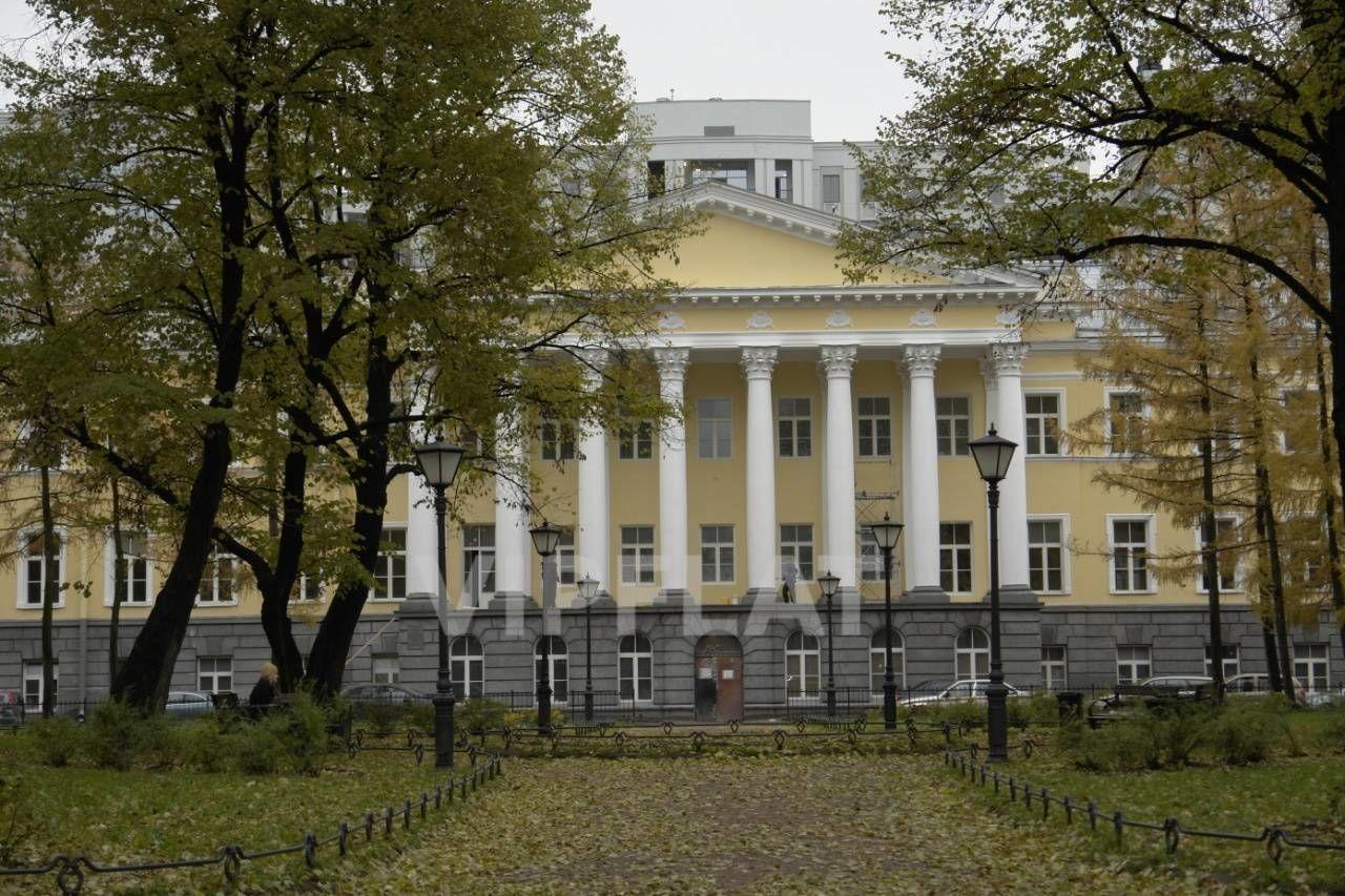 Продажа элитных квартир Санкт-Петербурга. Парадная улица к. 1 Парк