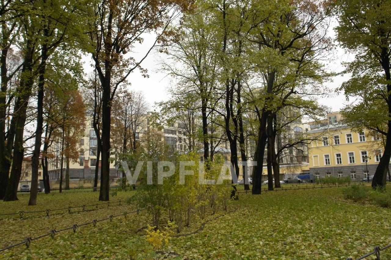 Продажа элитных квартир Санкт-Петербурга. Парадная улица к. 1 Сквер