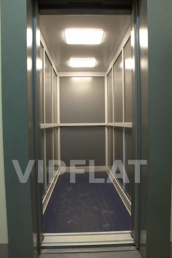 Продажа элитных квартир Санкт-Петербурга. Маркина, 16 Лифт