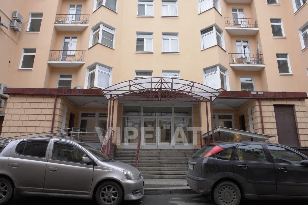 Продажа элитных квартир Санкт-Петербурга. Маркина, 16 Парадный вход