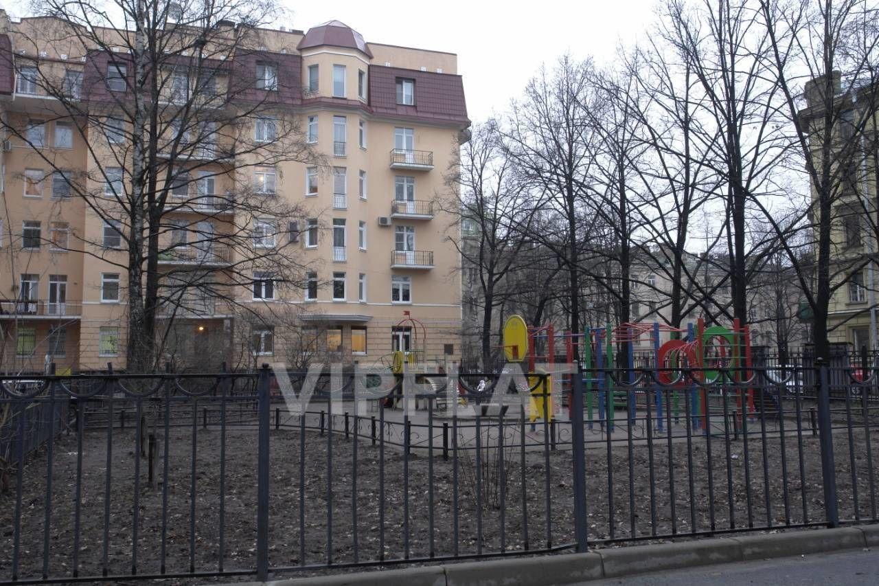 Продажа элитных квартир Санкт-Петербурга. Маркина, 16 Сквер