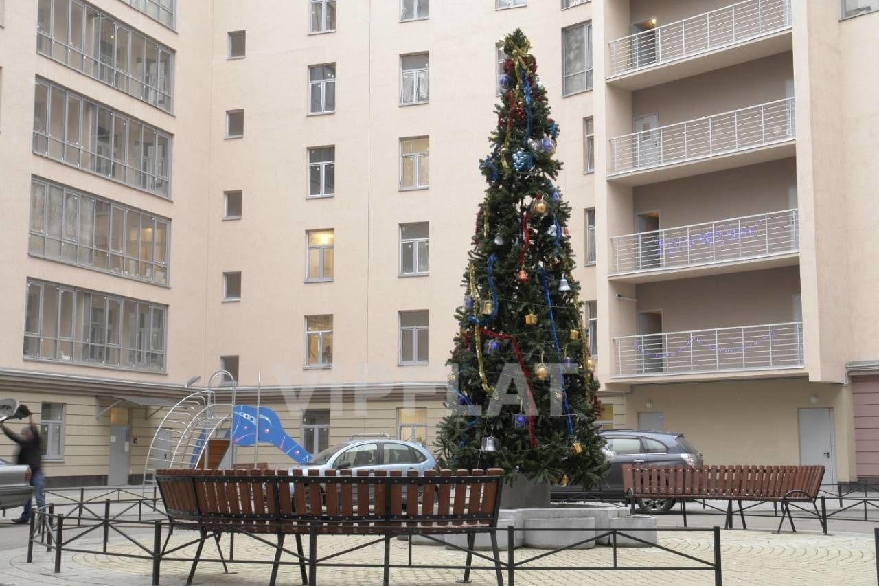Продажа элитных квартир Санкт-Петербурга. Петрозаводская, 13 Парадная