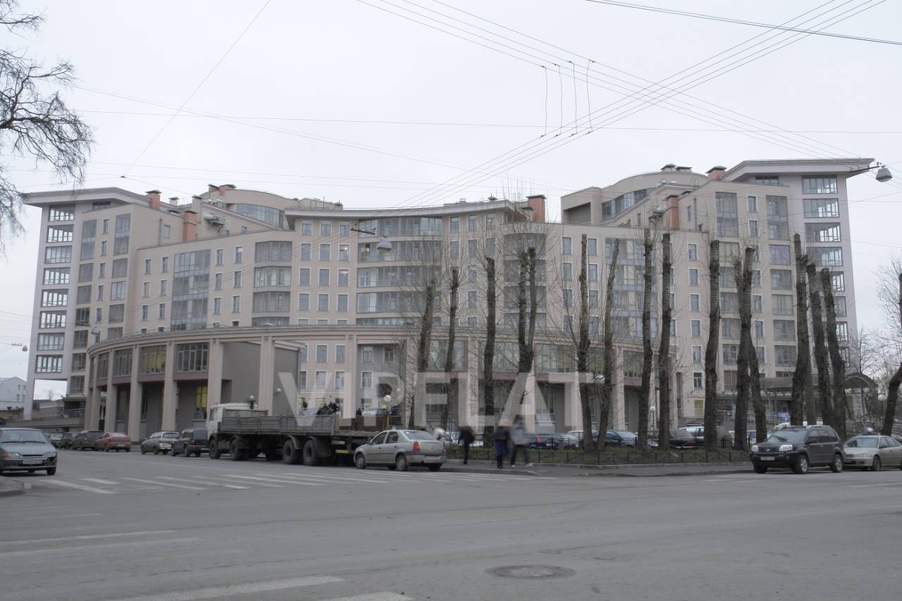 Продажа элитных квартир Санкт-Петербурга. Петрозаводская, 13 Вид на дом