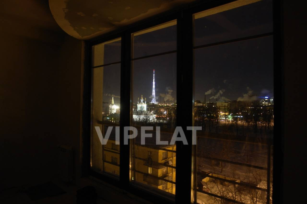 Продажа элитных квартир Санкт-Петербурга. Нейшлотский пер., 11 к. 1 Ночной вид через панорамные окна