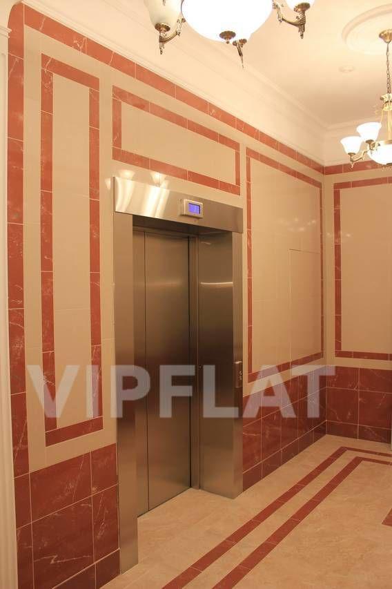 Продажа элитных квартир Санкт-Петербурга. Парадная ул., 3, корпус 2 Лифт в парадной