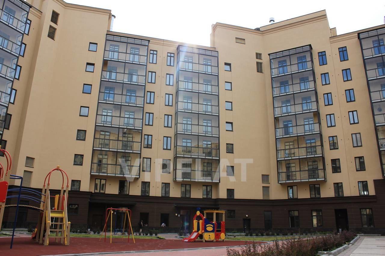 Продажа элитных квартир Санкт-Петербурга. Парадная ул., 3, корпус 2 Вид на корпус с детской площадки