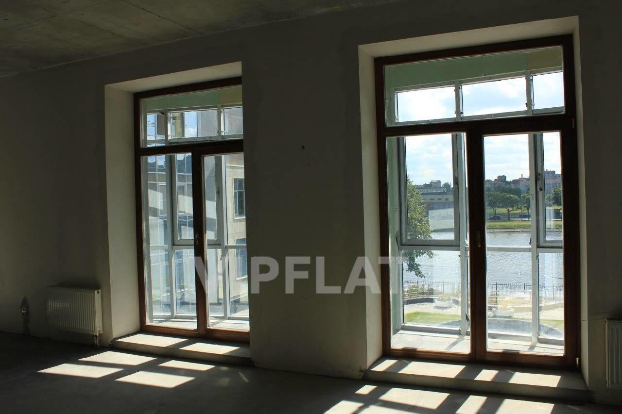 Продажа элитных квартир Санкт-Петербурга. Вязовая ул., 10 Панорамные окна с деревянными стеклопакетами