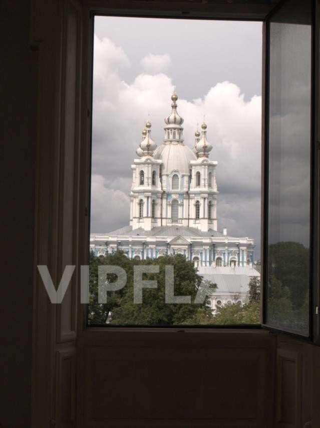 Продажа элитных квартир Санкт-Петербурга. Смольный пр., 6 Вид из одного из окон