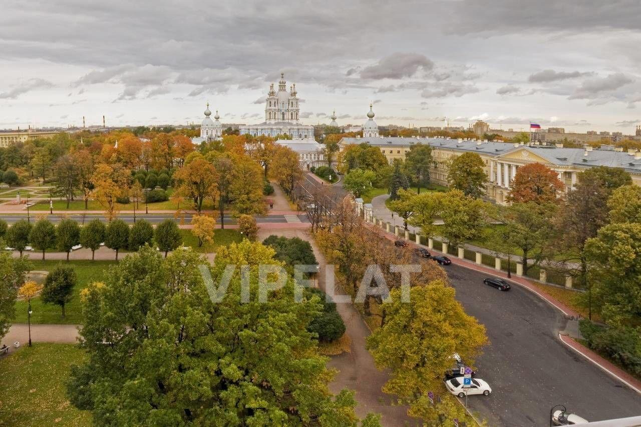 Продажа элитных квартир Санкт-Петербурга. Смольный пр., 6 Вид из окон. Осень