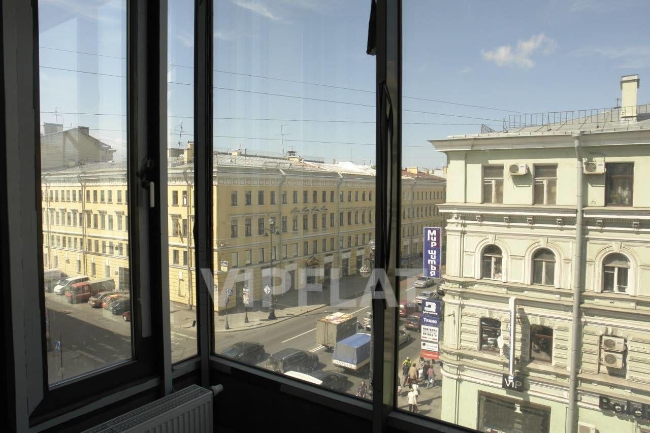 Продажа элитных квартир Санкт-Петербурга. Невский проспект, 152 Эркер .