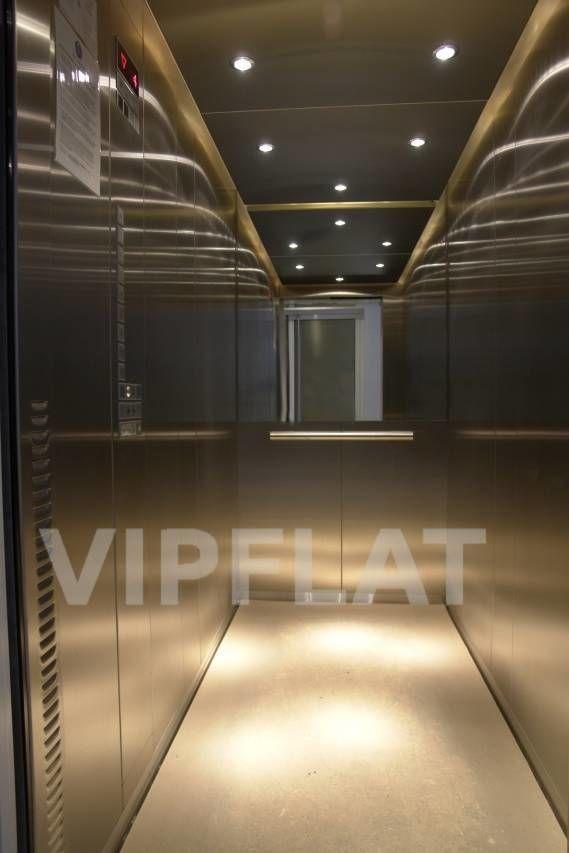 Продажа элитных квартир Санкт-Петербурга. Невский проспект, 152 Лифт