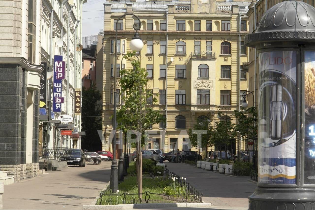 Продажа элитных квартир Санкт-Петербурга. Невский проспект, 152 Тихая пешеходная улица