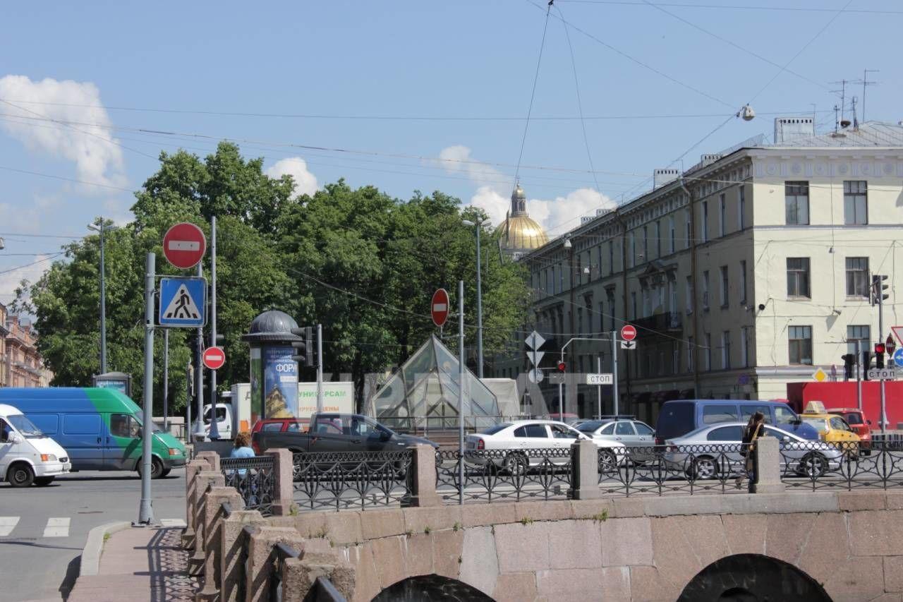 Продажа элитных квартир Санкт-Петербурга. Галерная ул., 34 В пяти минутах от дома Исаакиевский собор