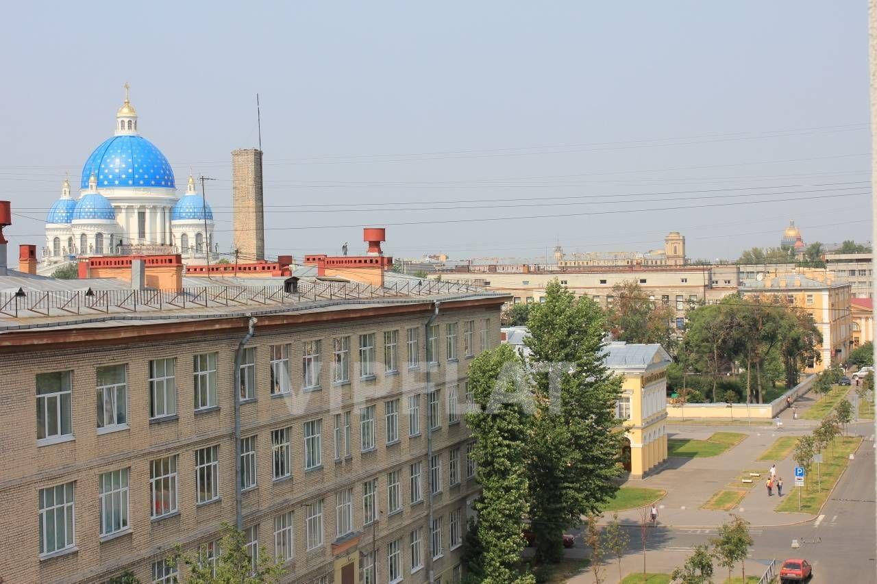 Продажа элитных квартир Санкт-Петербурга.  5-я Красноармейская ул., 32  Вид с балкона