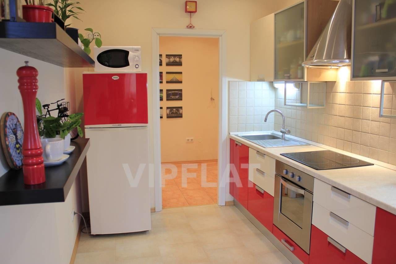 Продажа элитных квартир Санкт-Петербурга. Конная ул., 14 Встроенная кухня
