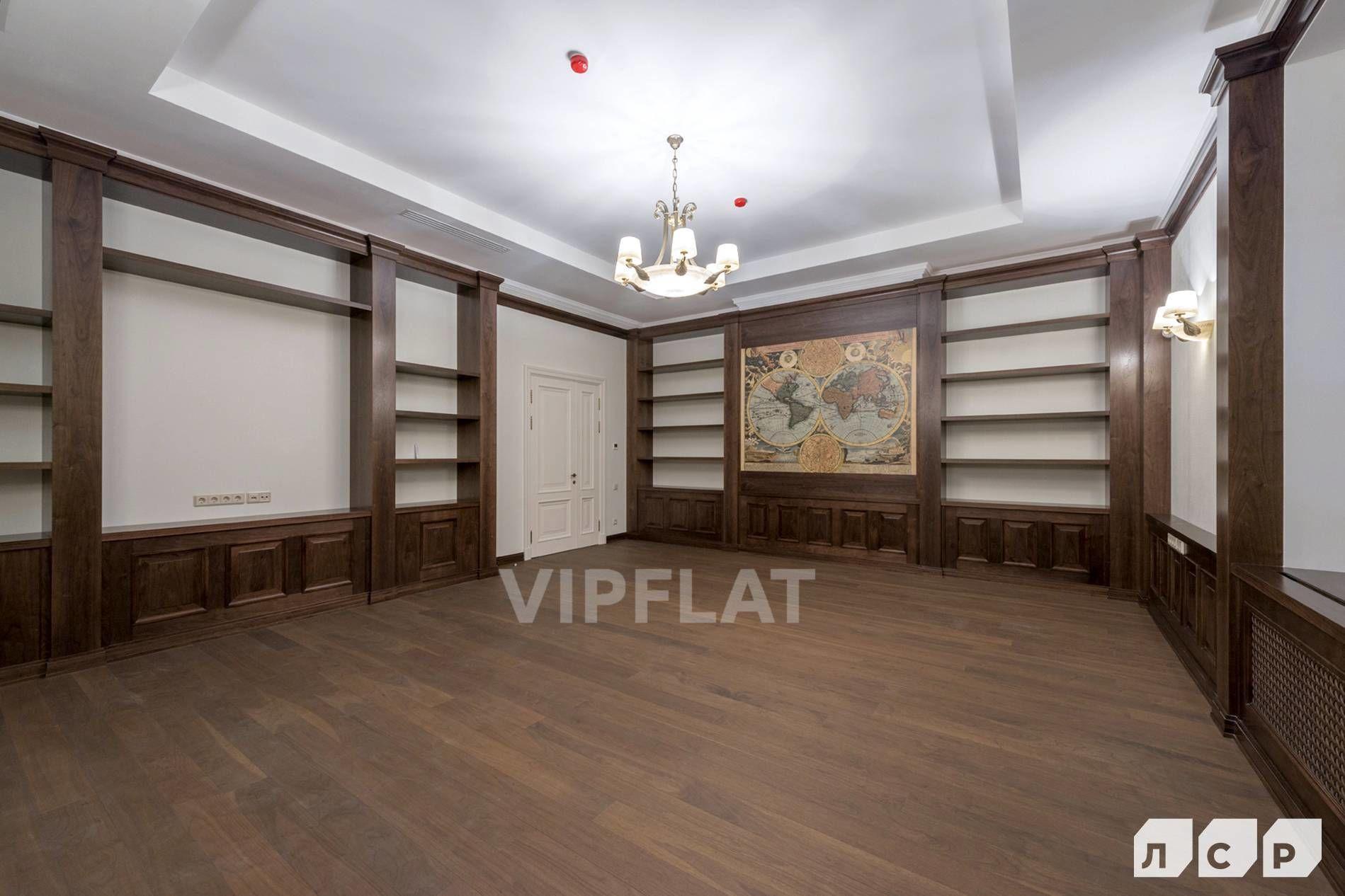 Продажа элитных квартир Санкт-Петербурга. Мартынова наб., 70А Кабинет
