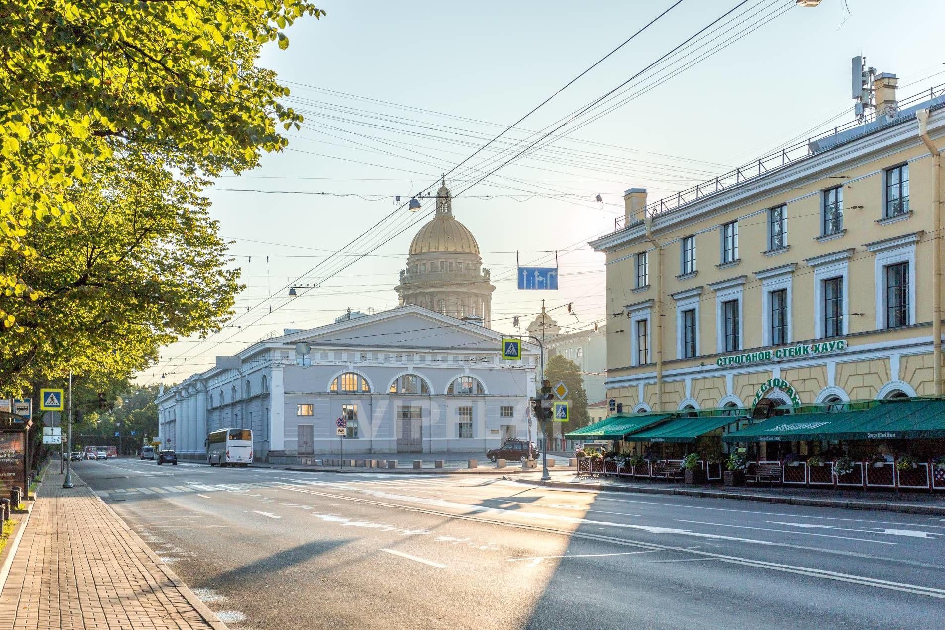 Продажа элитных квартир Санкт-Петербурга. Конногвардейский бул., 5 Прямо у дома